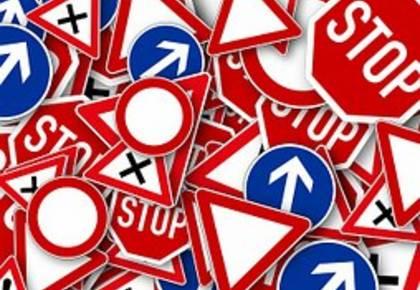Verkehrsschilder [(c) pixabay]